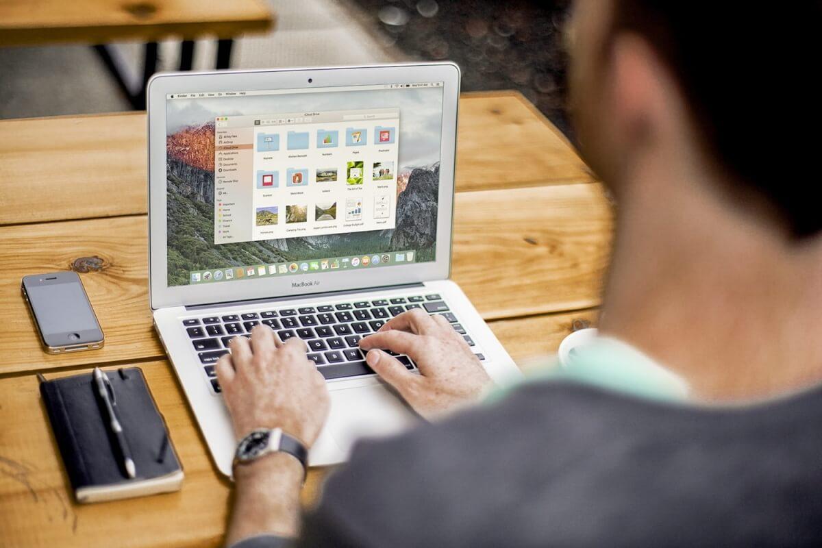 laptops para estudiantes head 1500x1000 1